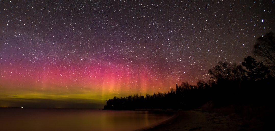 northern lights lake lichigan
