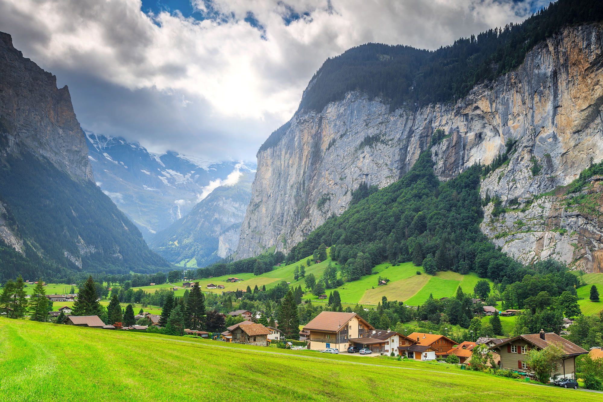 lauterbrunnen bernese oberland switzerland